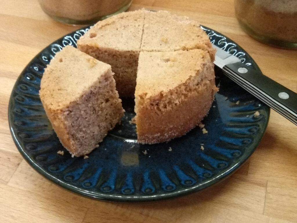Kuchen im Glas (aufgeschnitten)